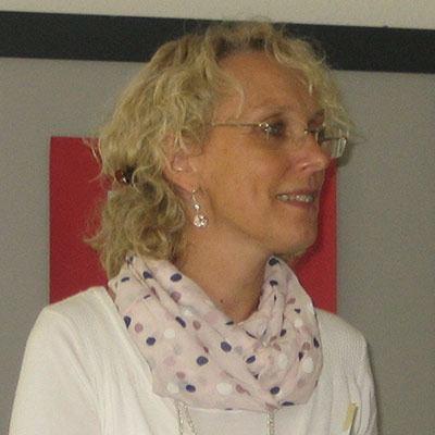 Hilfreicher Umgang und einfühlsame Kommunikation bei Menschen mit Demenz